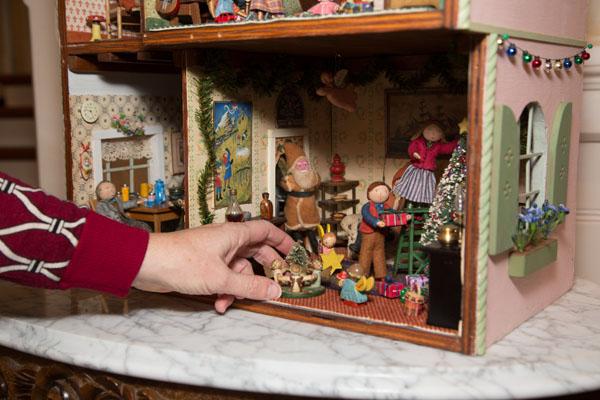 dollhouse01