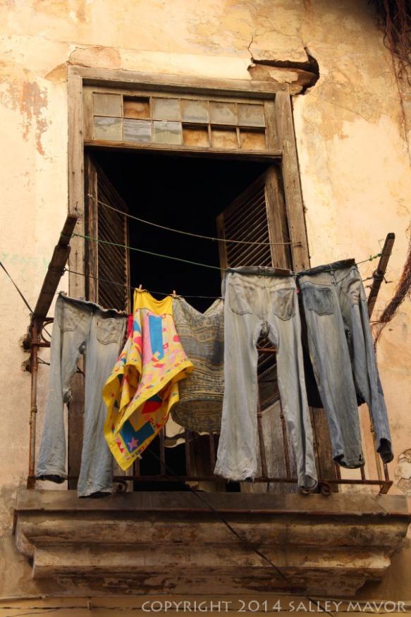 Cubalaundry1WM