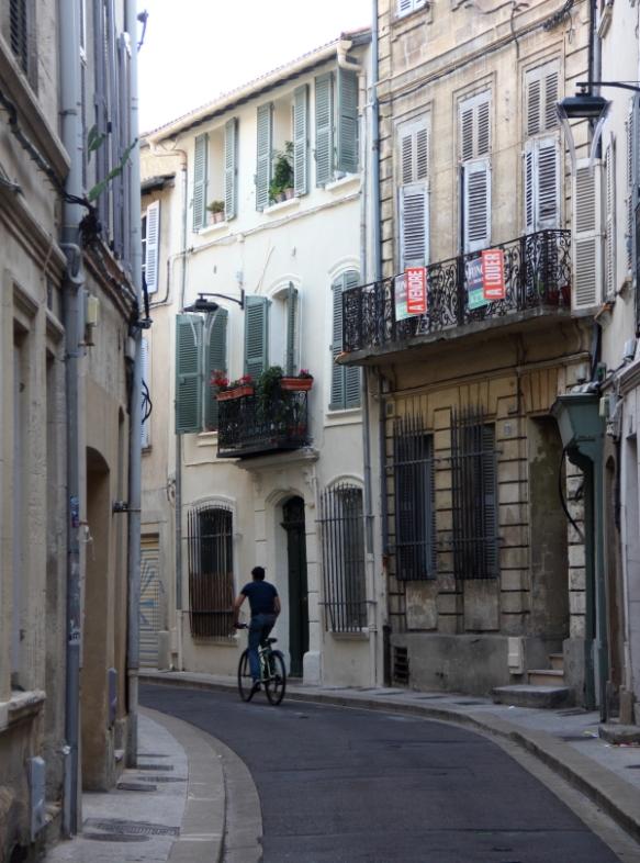 FranceAignonstreet1