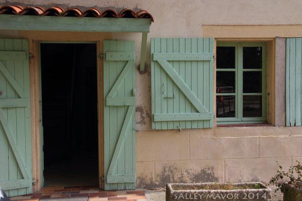 FranceDoorwayToulouse9WM