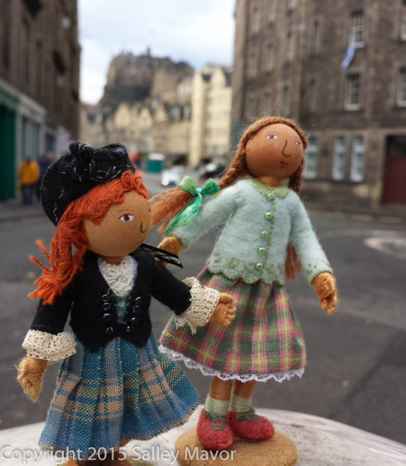 Scotland_dolls-1