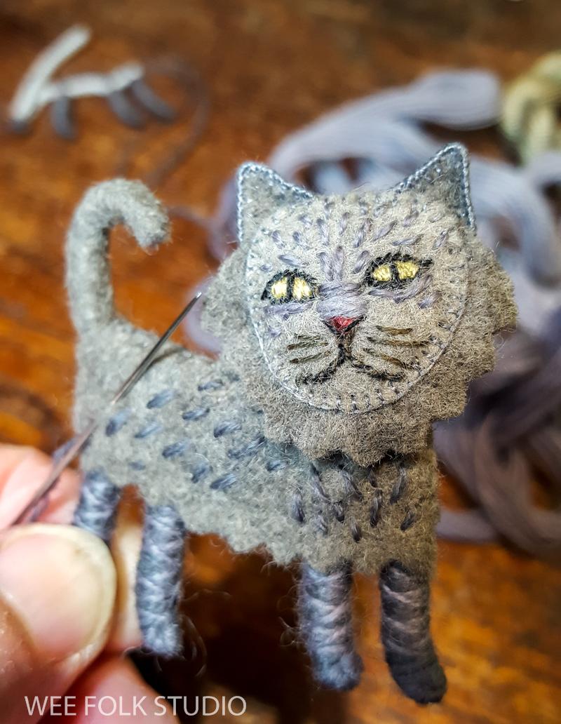 Bed book peek: Persian Cat | SALLEY MAVOR